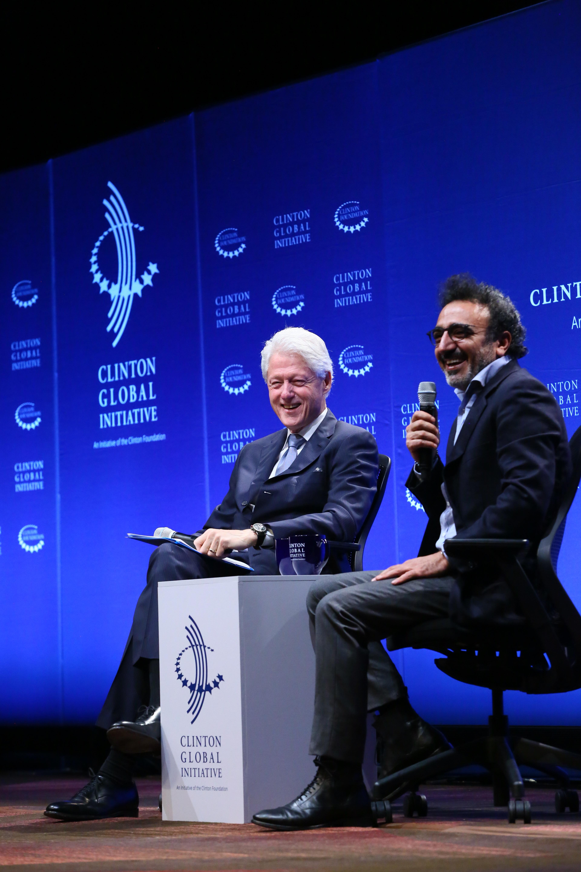 Hamdi Ulukaya and Bill Clinton