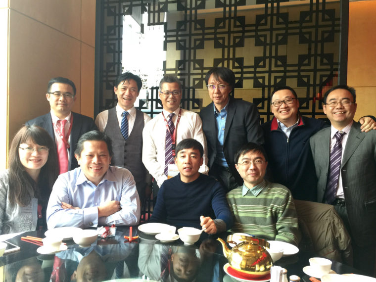 Thomas Cheong and eMBA classmates